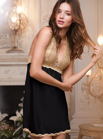 Satin Halter Slip, collection Dream Angels, par Victoria's Secret