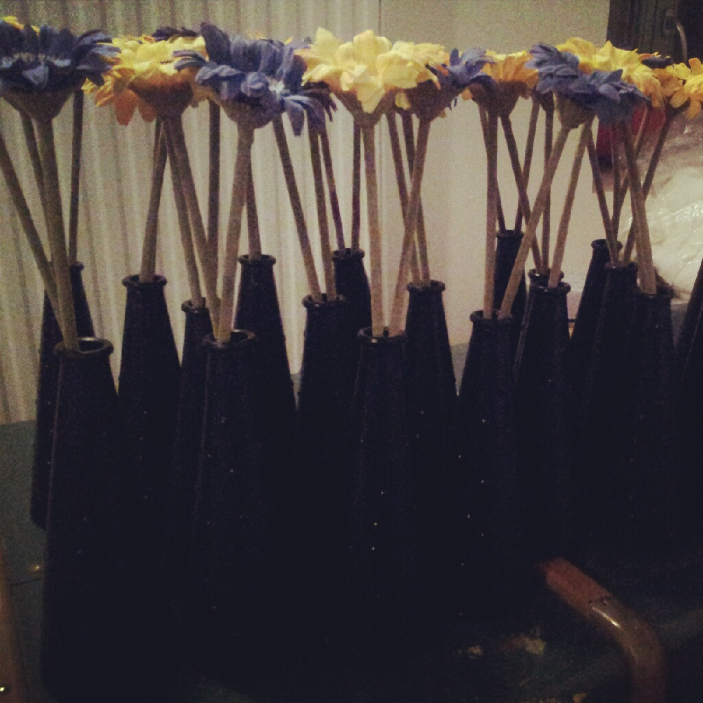Vase ikea peints déco mariage DIY