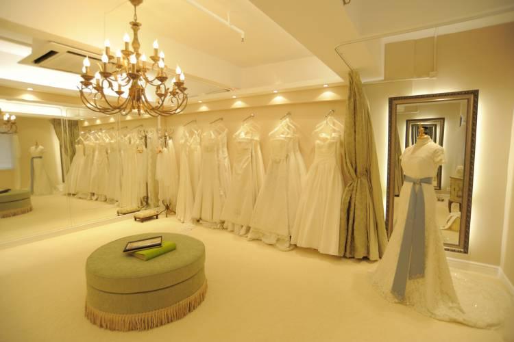 Val's-Bridal-Boutique
