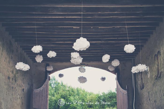 mariage bohème champêtre déco pompons