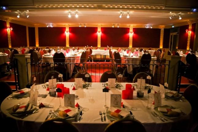 mariage rouge blanc salle