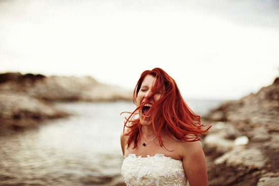 mariée rousse cri