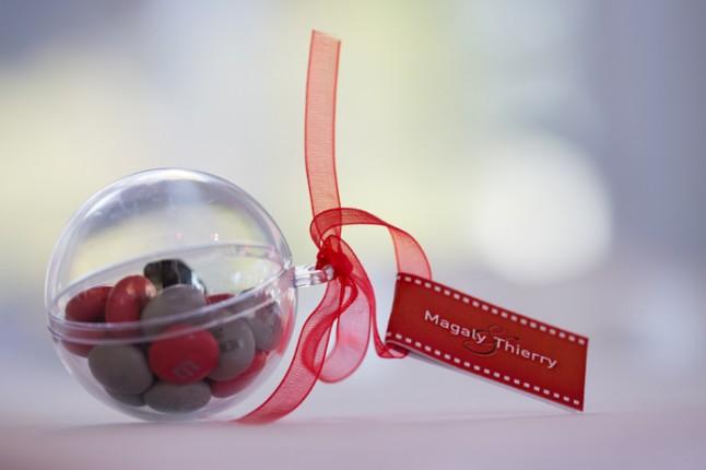 mariage rouge blanc cadeau invite