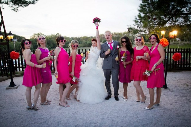 mariés et demoiselles d'honneur