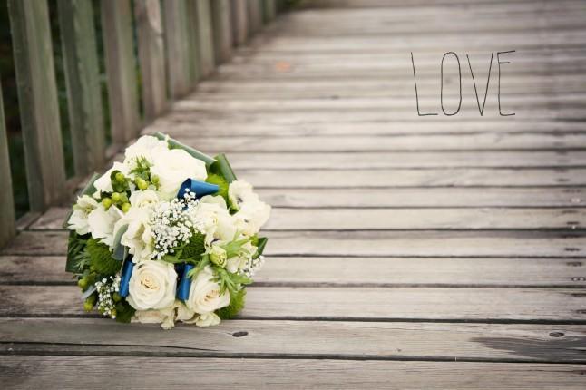 bouquet mariée blanc et bleu