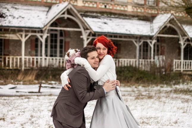 mariage neige chateau mariée rousse couple