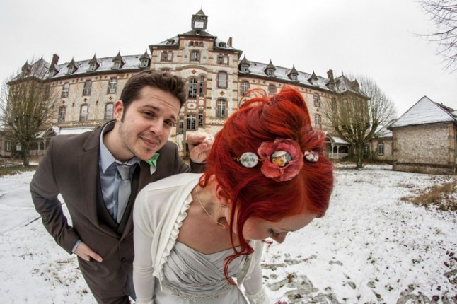 mariage neige chateau mariée rousse photos couple