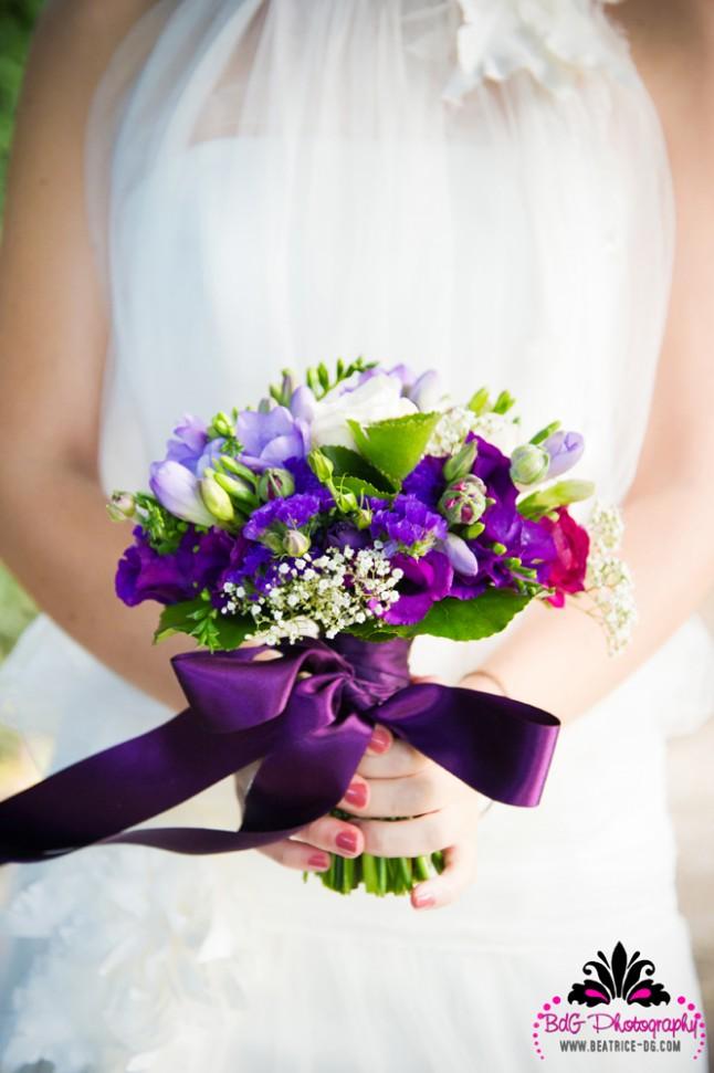 bouquet de mariée violet et blanc