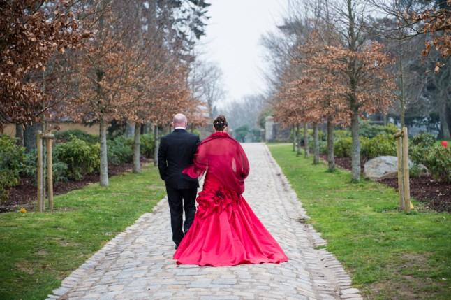mariés robe rouge