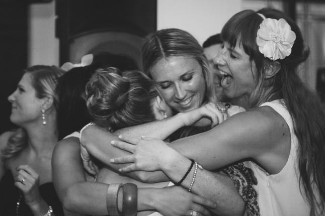 retrouvailles amies de la mariée