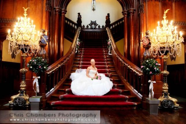 mariée escalier majestueux