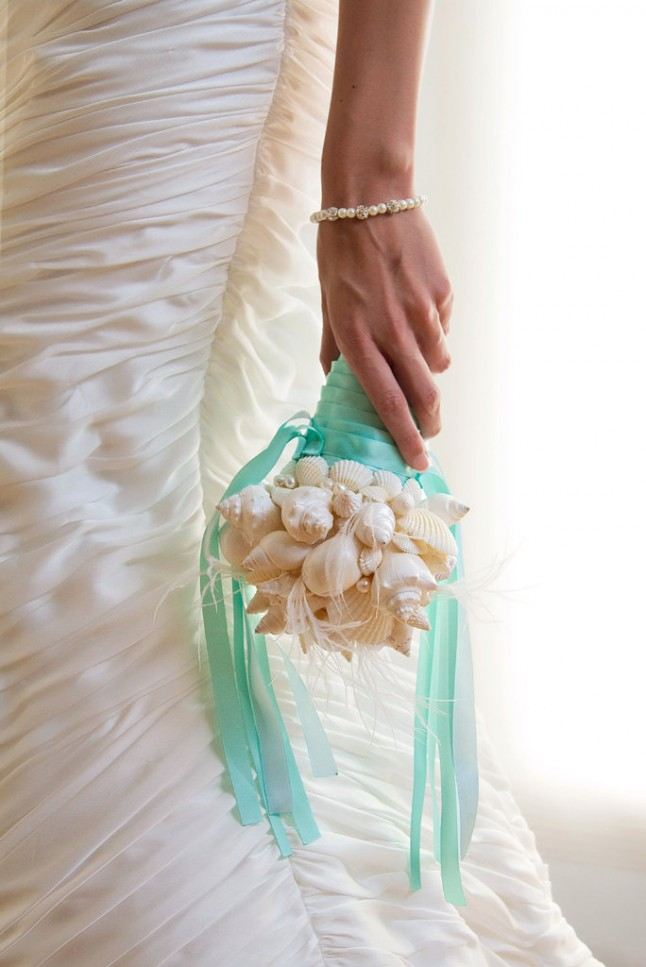 Bouquet coquillages ruban turquoise