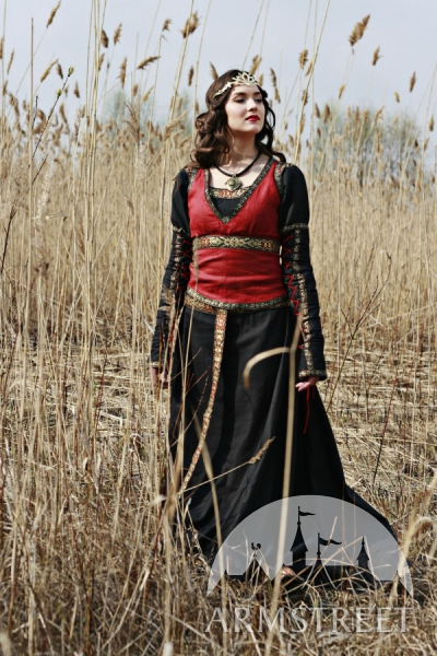 robe médiévale fantastique chasseresse