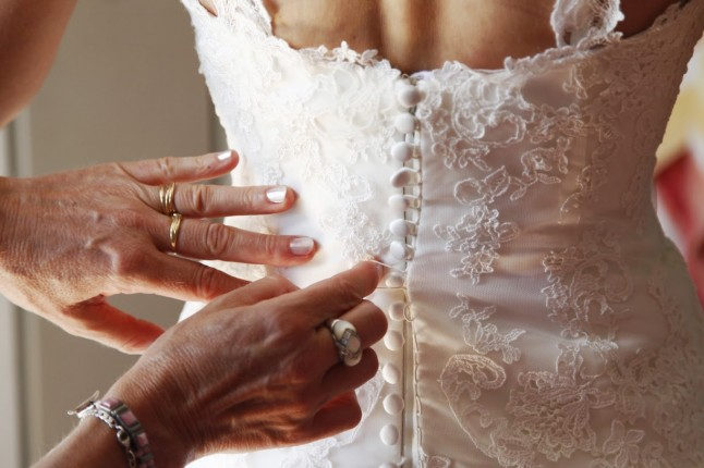 préparatifs mariage habillage