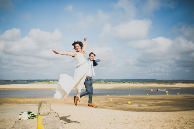 photo de couple sur la plage au Cap Ferret