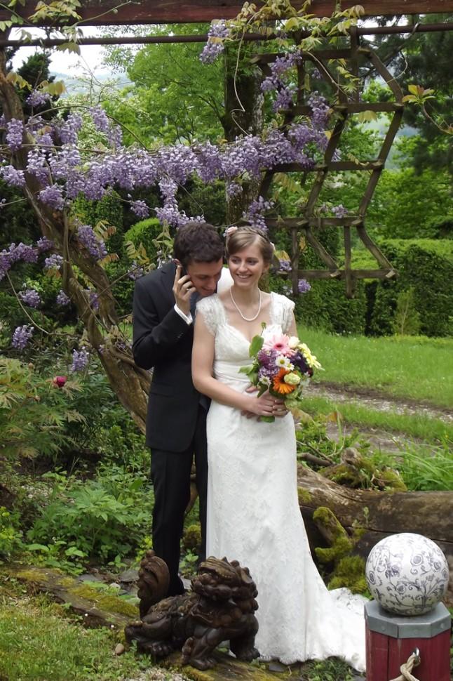 photo de couple mariage jardin téléphone