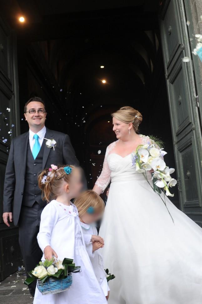 sortie d'église mariage turquoise Bretagne