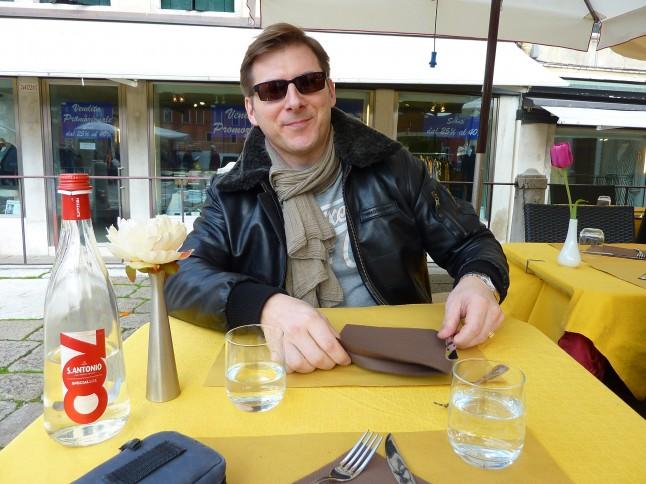déjeuner en terrasse à Venise