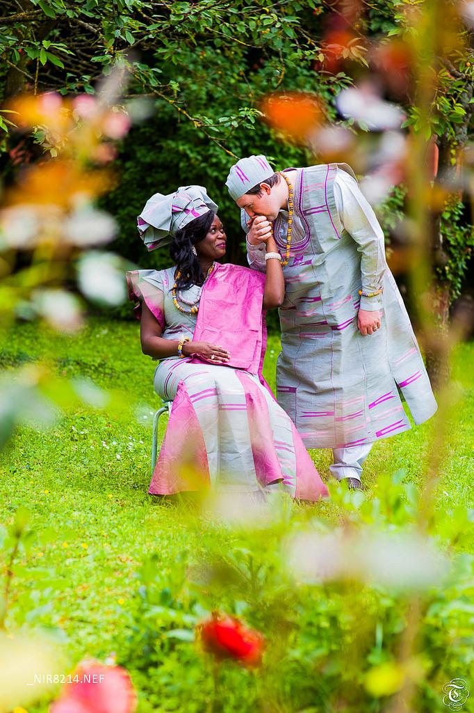 mariés lendemain de mariage tenues africaines