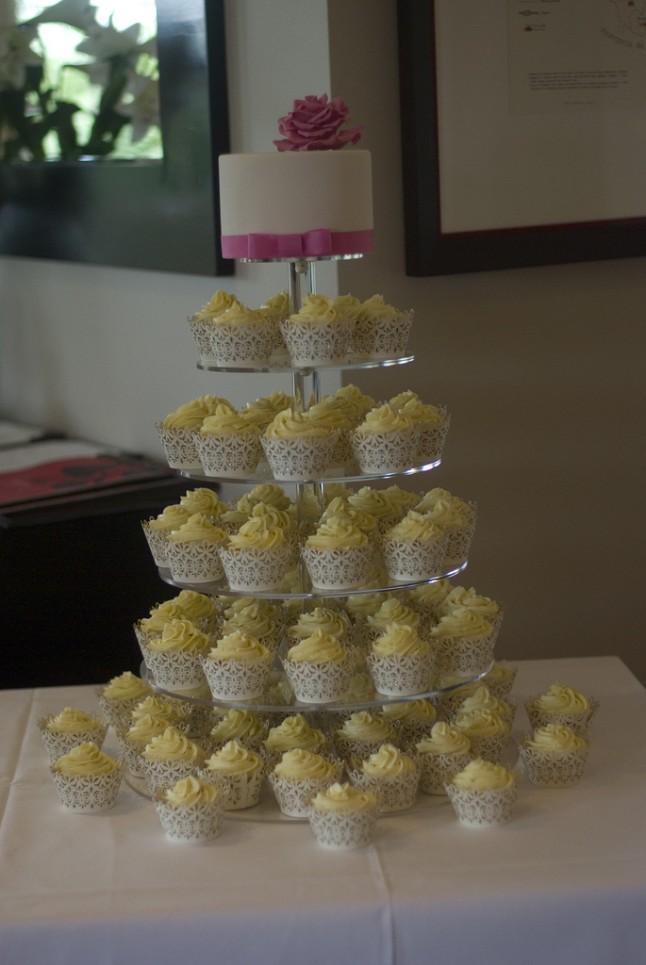 Déco de mariage jaune et rose