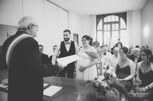 Cérémonie civile mariage future maman