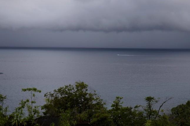 Sentier de l'anse Major sous la pluie, voyage de noce aux Seychelles