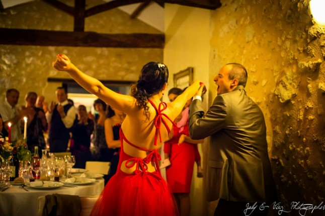 mariage en rouge soirée