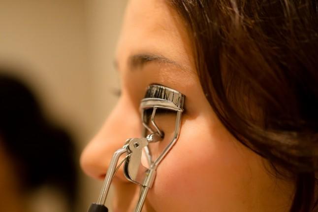 Recourbe-cils maquillage mariée DIY