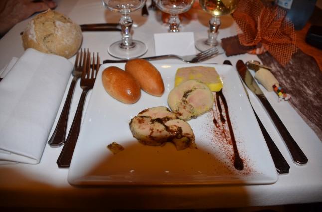 Repas de mariage traditionnel d'automne