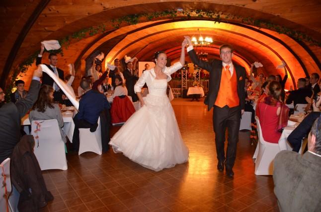 Ouverture de bal mariage rock and roll des mariés