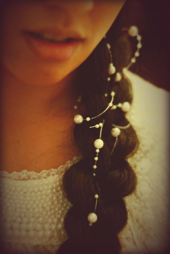 coiffure de mariée tresses et perles
