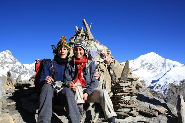 jeunes mariés en voyage de noce au Népal 2