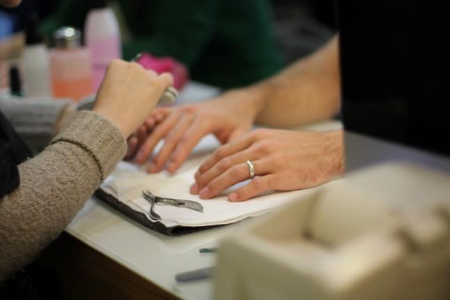Manucure futur marié
