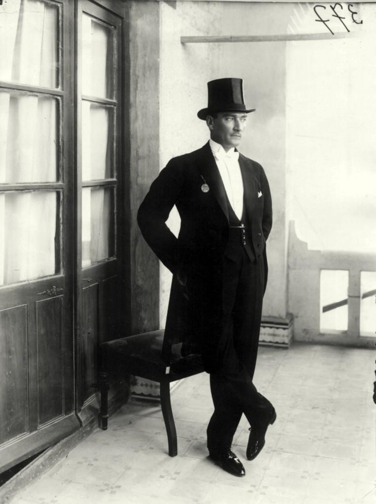 costume 1920 haut de forme