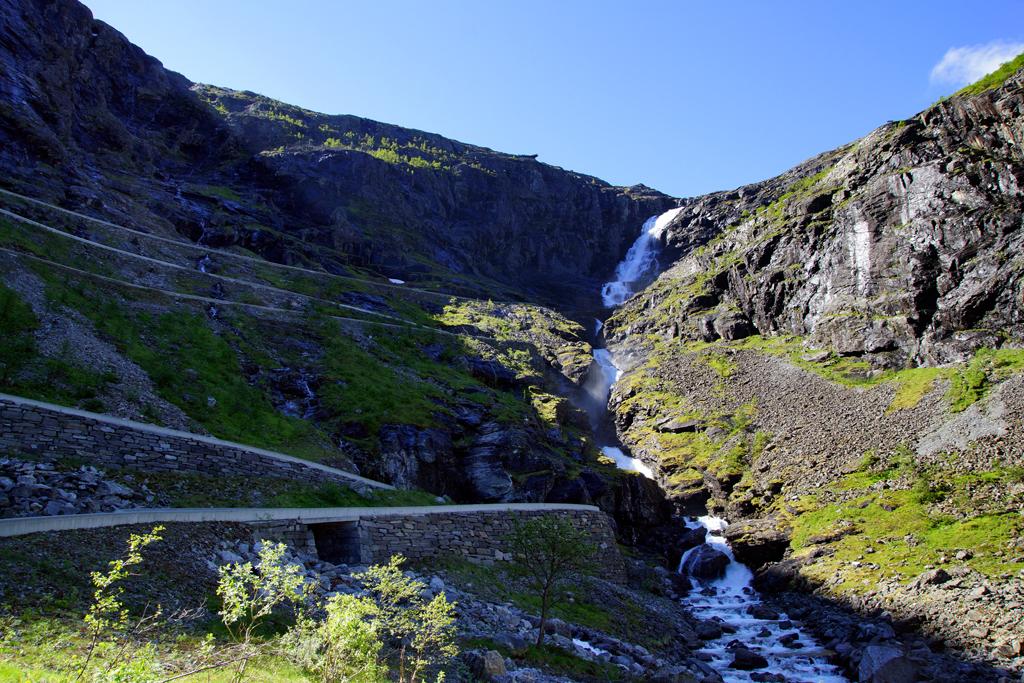 Trollstigen la route des trolls en Norvège