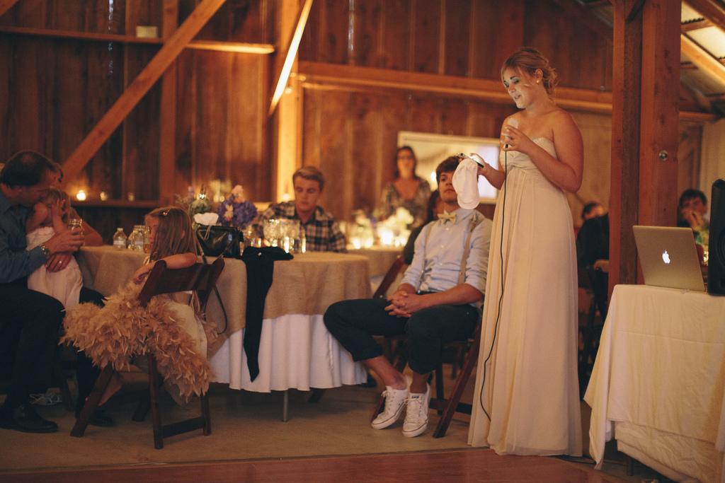 Future mariée en détresse pour ses vœux de mariage !