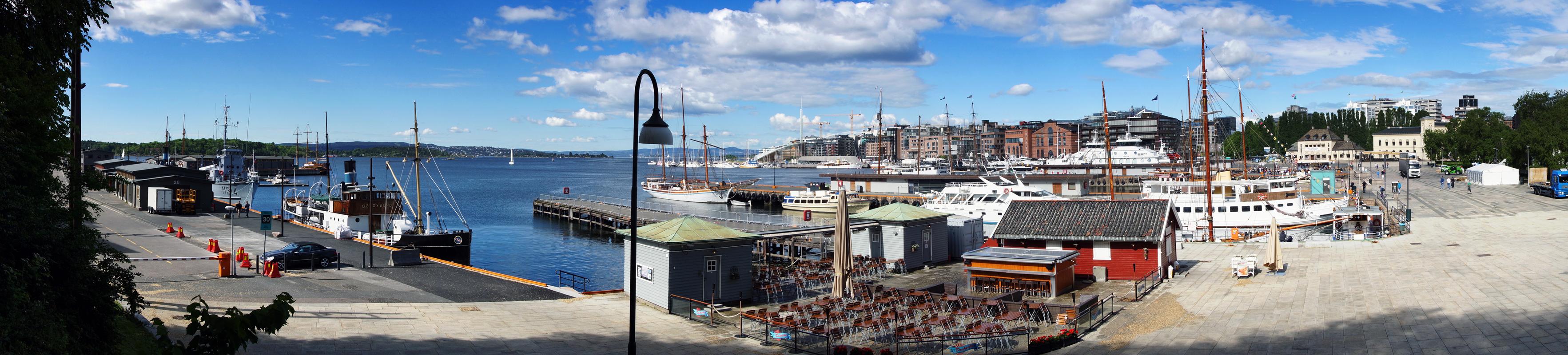 vue panoramique sur le port d'Oslo