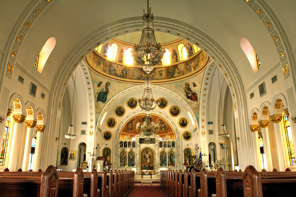 Eglise Orthodoxe Source: https://www.flickr.com/photos/amarando/741769365