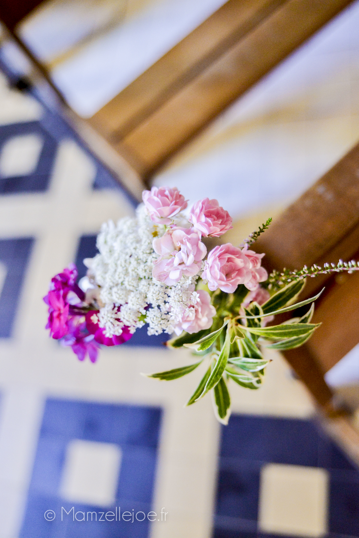 composition florale avec fleurs du jardin