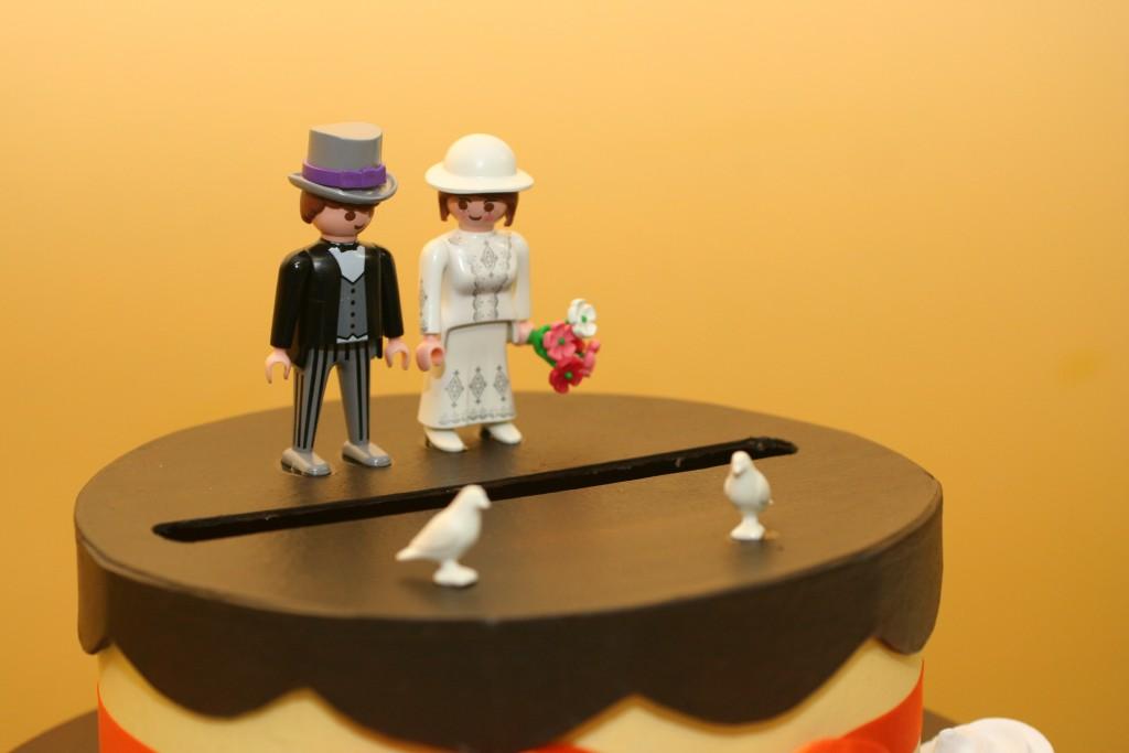Urne de mariage avec des bonhommes Playmobil