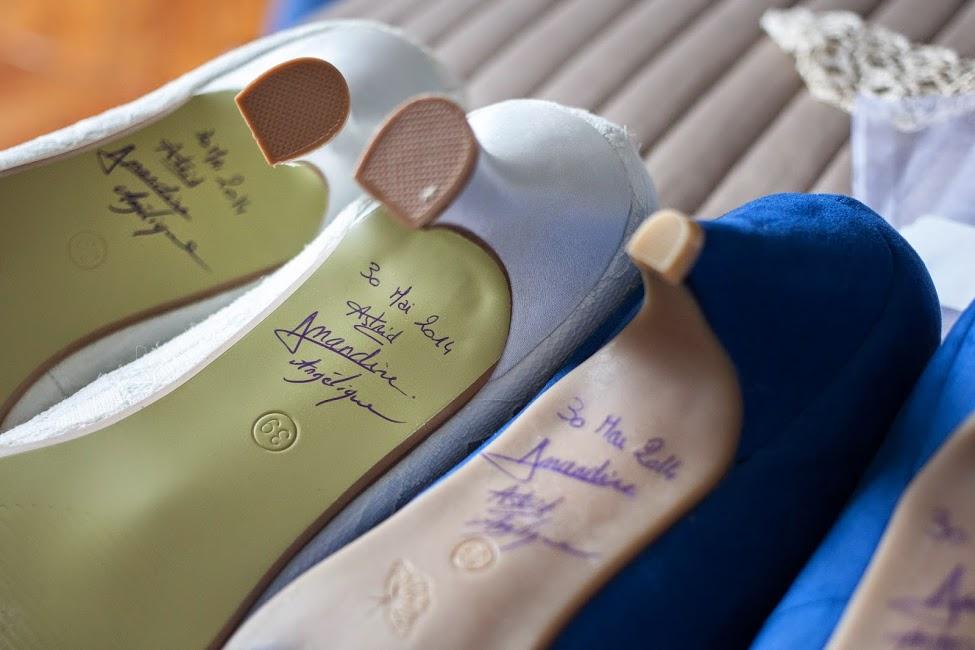 petit mot sous Chaussures de mariée
