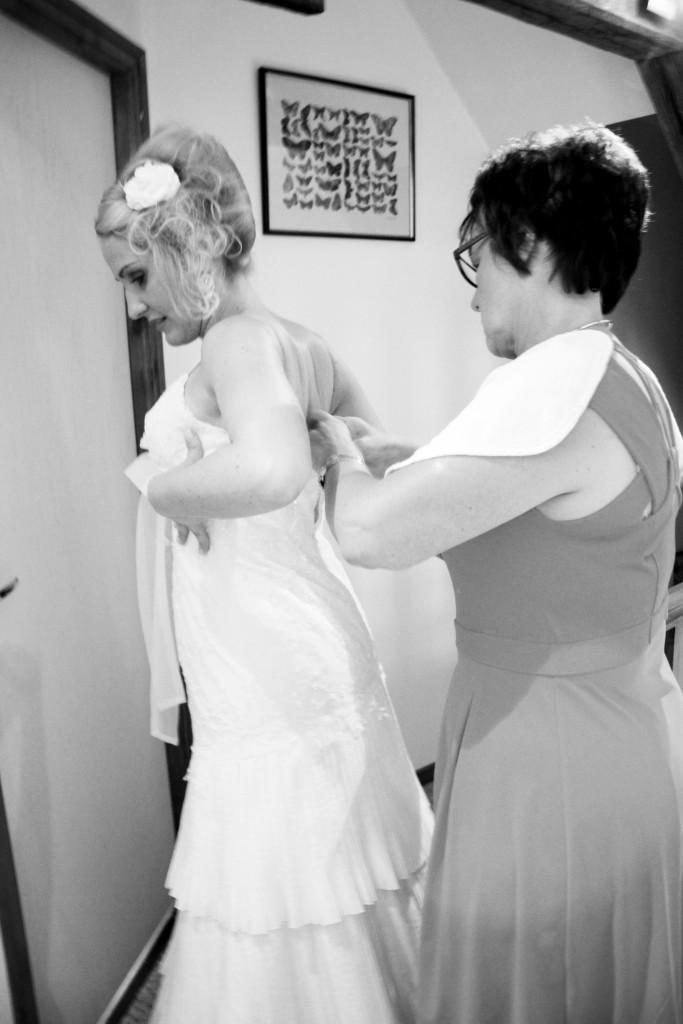 Préparatifs de la mariée // Photo : BabouchKatelier