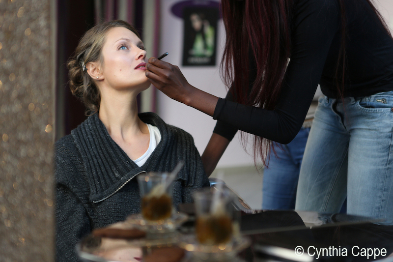 Cynthia Cappe 1- préparatifs - maquillage