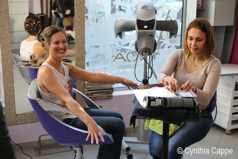 Cynthia Cappe 8 - préparatifs - sourire
