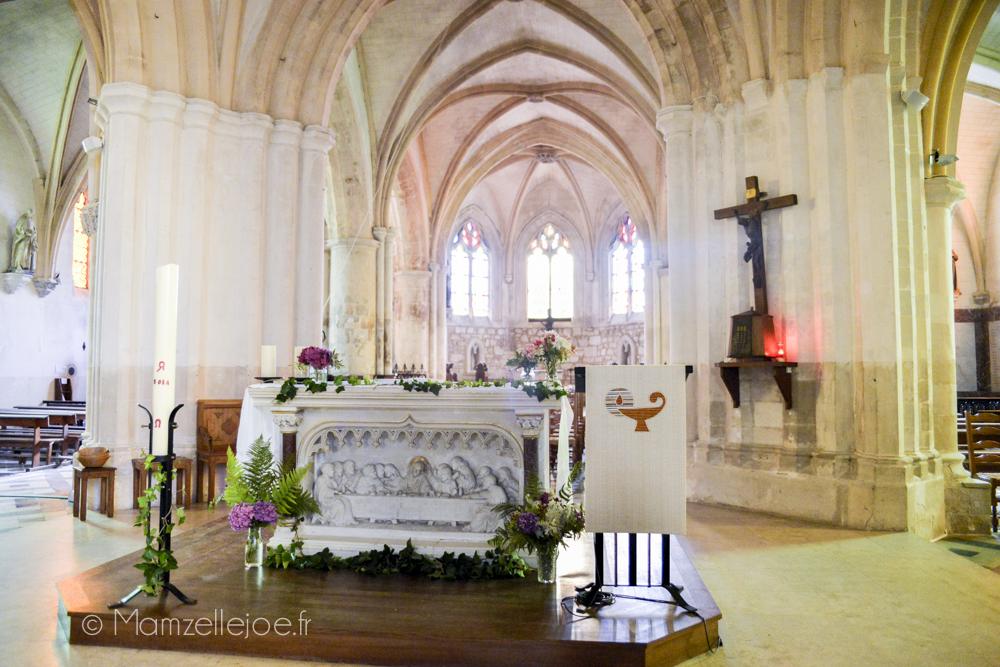 Retour d'expérience : faire soi-même sa décoration florale avec des fleurs du jardin // Décoration de l'autel