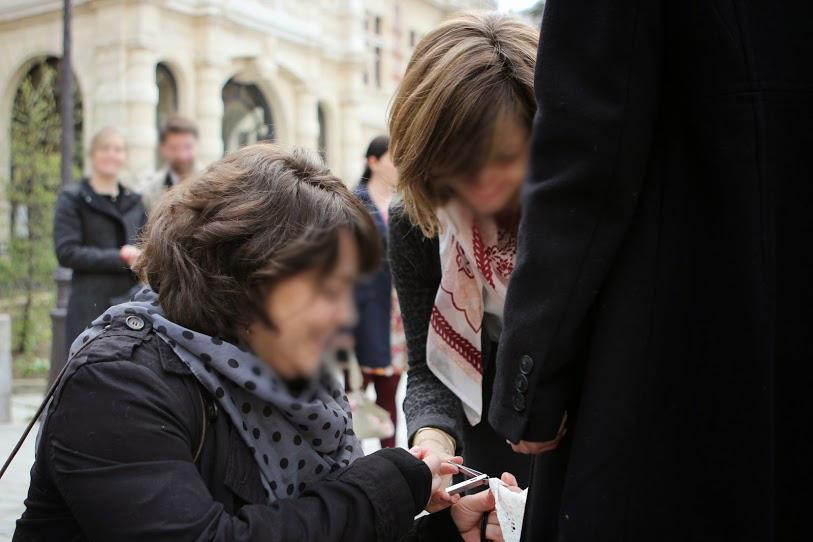 Reouche de dernière minute avant le mariage civil à la mairie de Paris 12 en petit comité