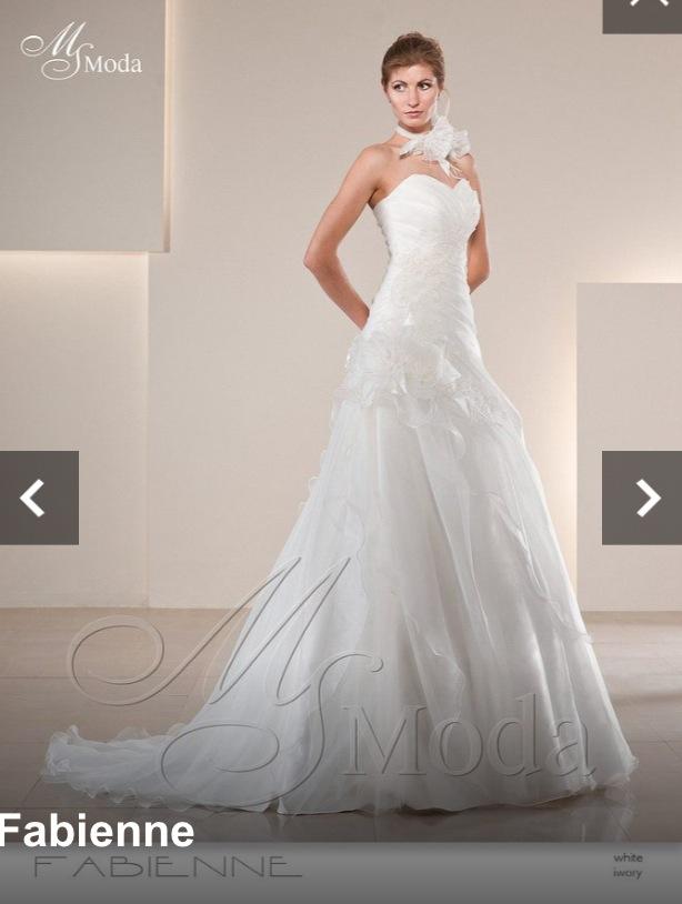 Mes essayages de robe plus d'un an à l'avance : modèle Fabienne