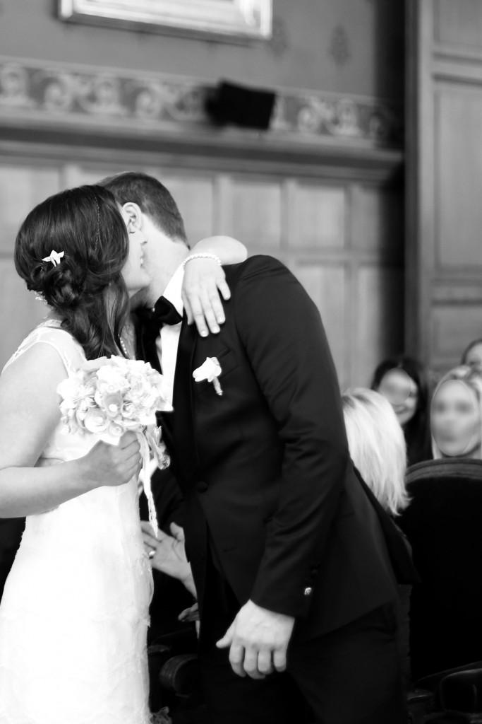 La découverte des mariés // Mon mariage en hiver et en origami : notre cérémonie civile entre rires et émotions