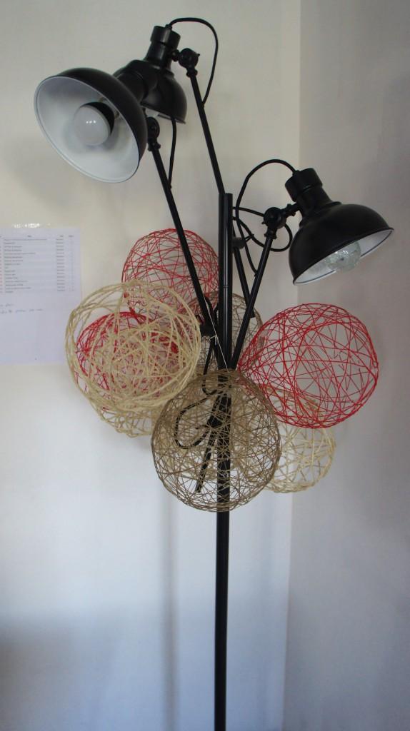 Quelques boules en fil... ©Mymakao