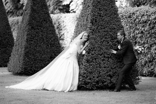 Nos photos de couple devant l'Orangerie de l'Observatoire de Meudon // Photo : Edouard Gasche